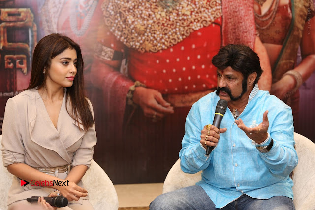 Shriya Saran Nandamuri Balakrishna at Gautamiputra Satakarni Team Press Meet Stills  0115.JPG
