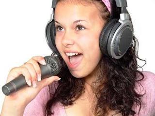 keuntungan aktif di acara on air dan pasang iklan di radio