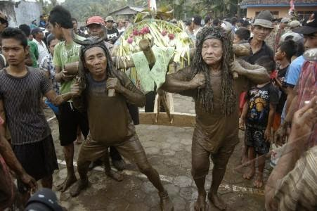Hasil gambar untuk Suku jawa banyuwangi
