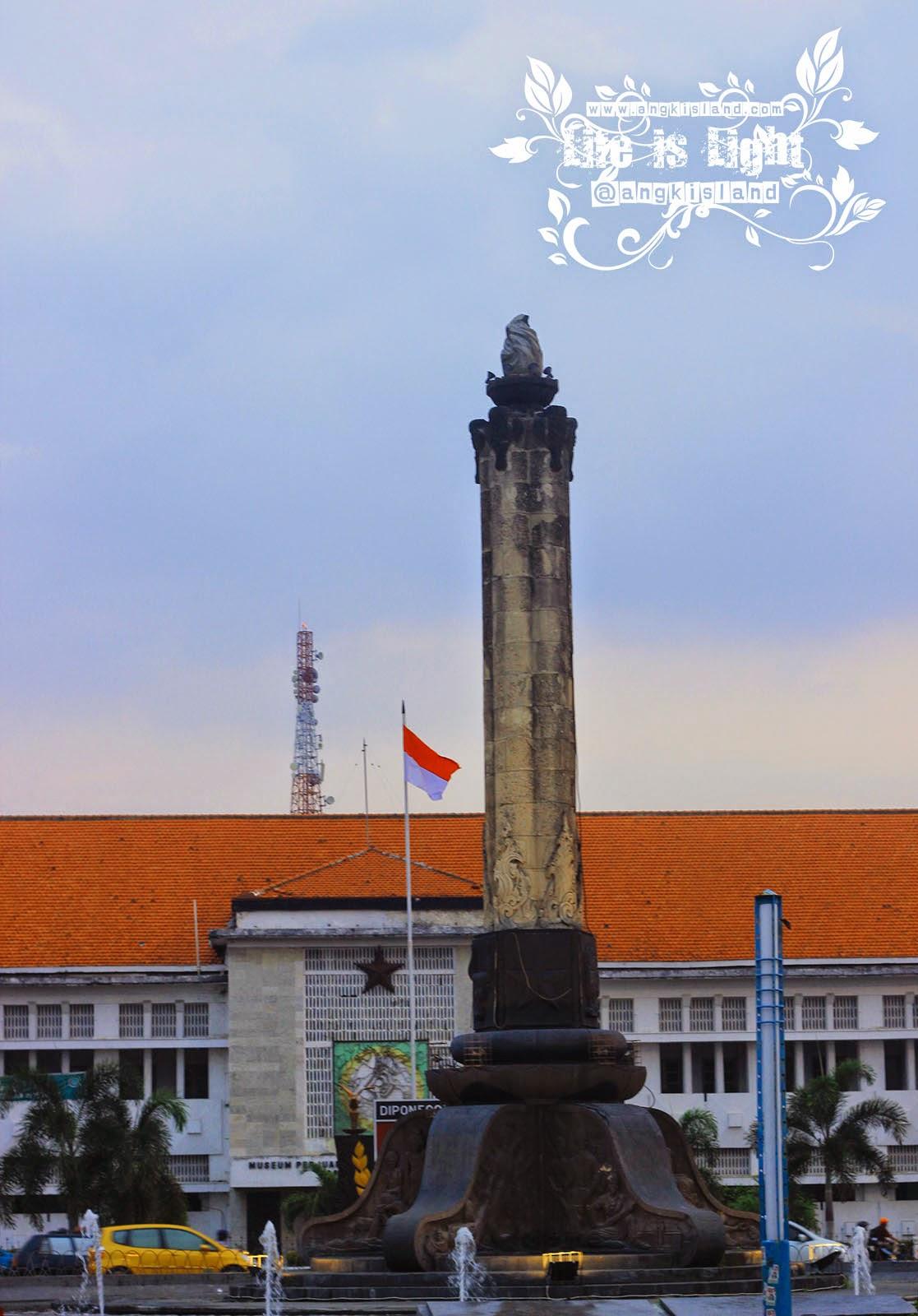 Tugu Muda Semarang
