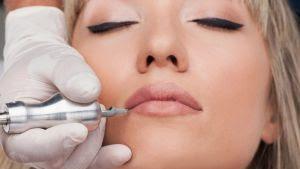 Apakah Aman Memakai Make-up Permanen?, efek dari melakukan prosedur make-up permanen