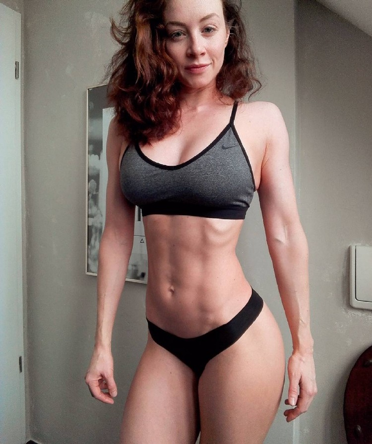 German Fitness Model Sophie S 00006