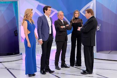 Silvio Santos ao lado de Celso Portiolli, Otávio Mesquita e suas. Crédito: Lourival Ribeiro/SBT