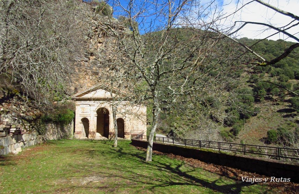 Ermita del Santo Cristo, Monasterio de Valvanera. La Rioja