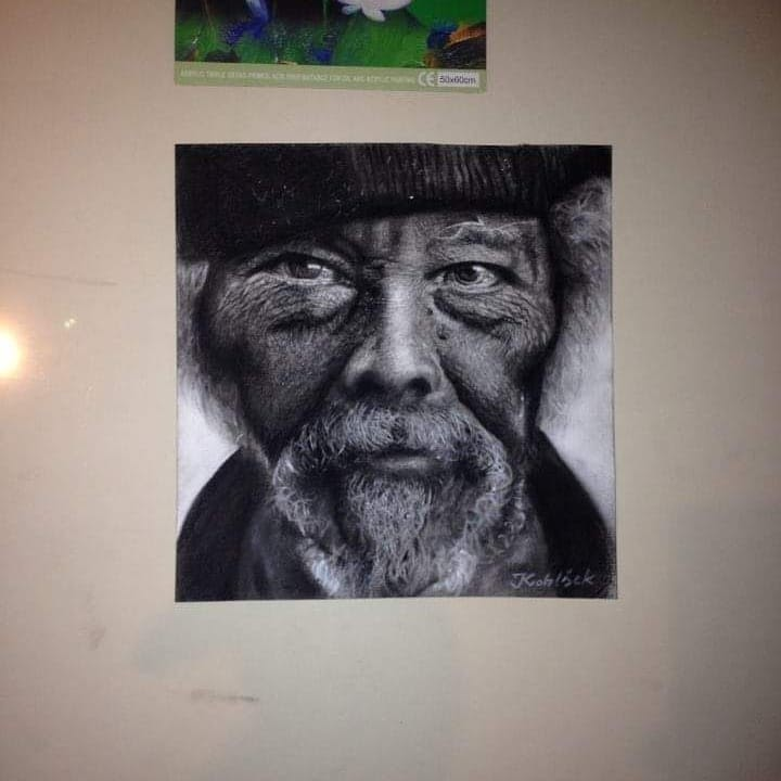 04-Bright-Eyes-Ivan-Kobilšek-Pencil-Portrait-www-designstack-co