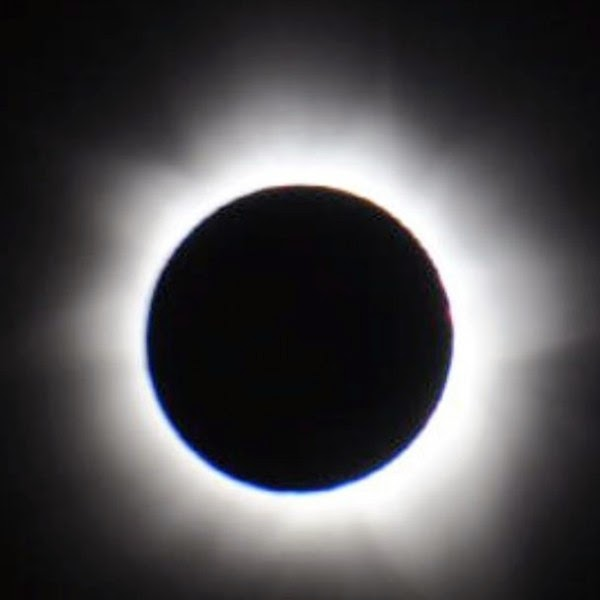 http://earthsky.org/tonight/supermoon-to-stage-total-eclipse-of-the-sun-on-march-20