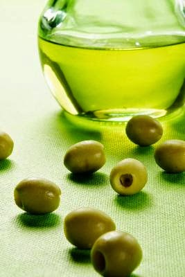 Apakah minyak zaitun bisa menghilangkan komedo   Cara ...