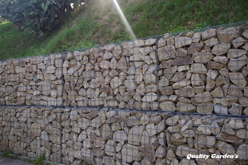 Quality garden 39 s muros de contenci n con piedra natural - Muro de piedra natural ...