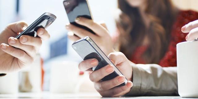 Αλλάζουν οι χρεώσεις από κινητό και σταθερό εντός της ΕΕ