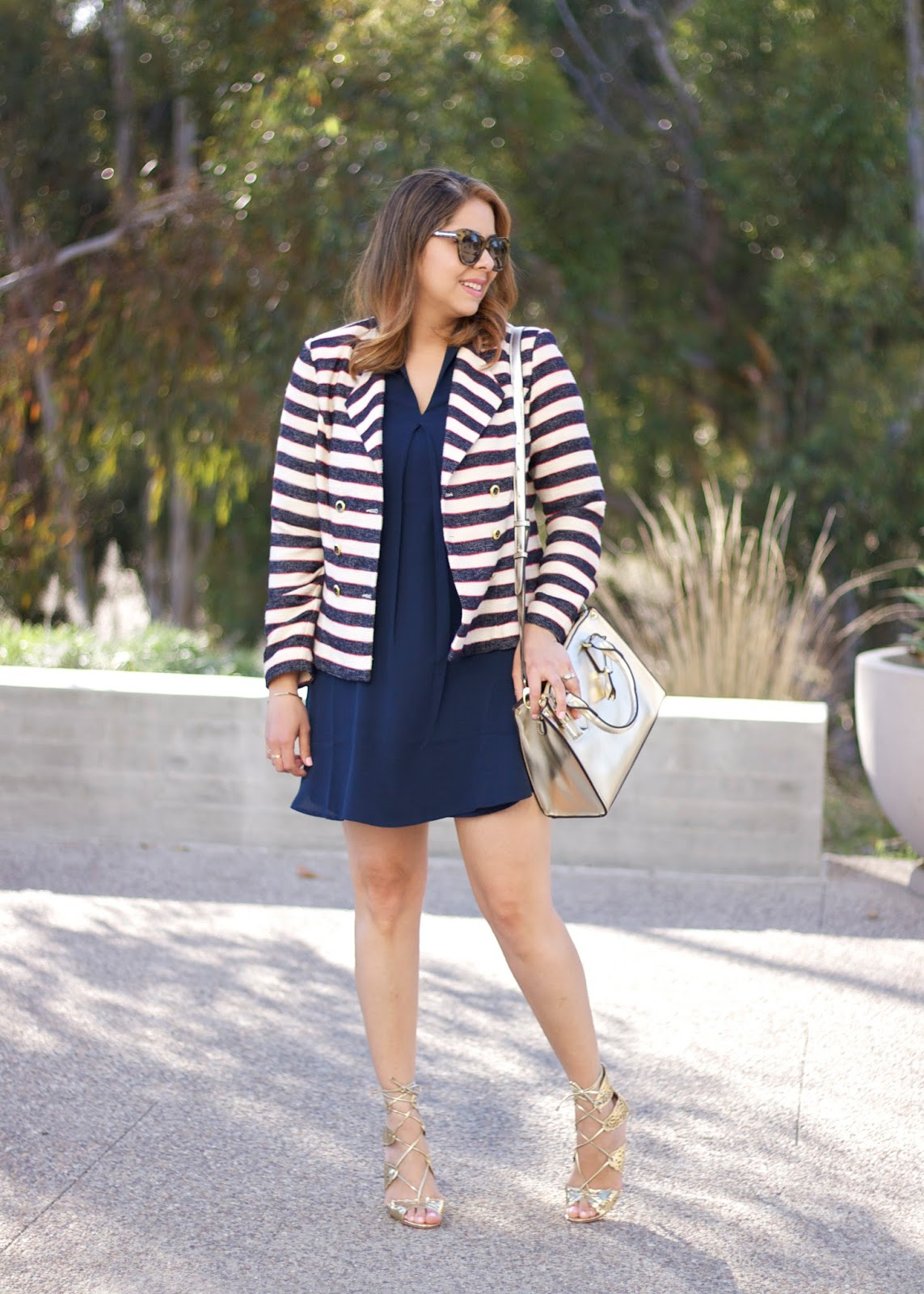 cabi cruise jacket, cabi blogger, san diego fashion, short hair blogger