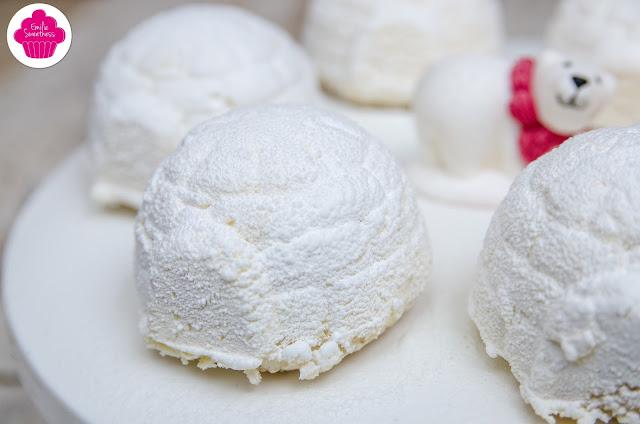 Bûches igloos aux fruits de la passion et noix de coco