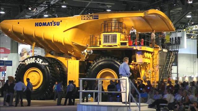 Komatsu 960E-1 Mining Truck - maiores caminhões de mineração do mundo