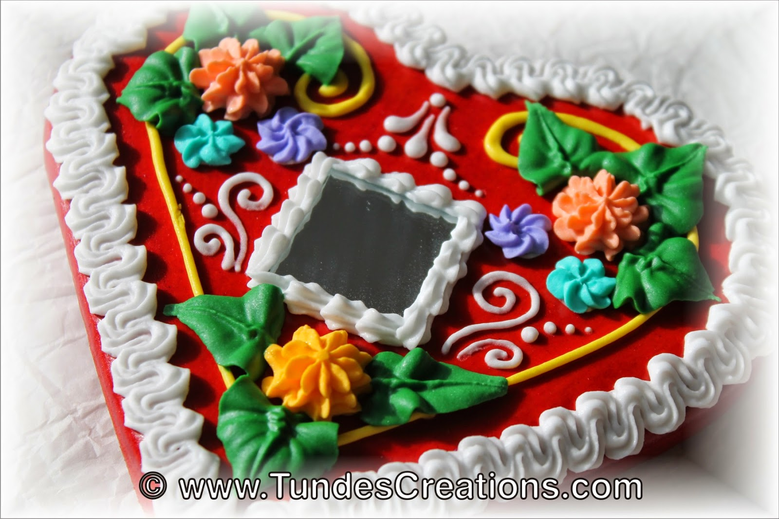 Red Gingerbread Heart 2