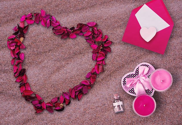 romantic meals love themed days out sparkling jewellery and so much more are showcased as the ideal valentines day gifts