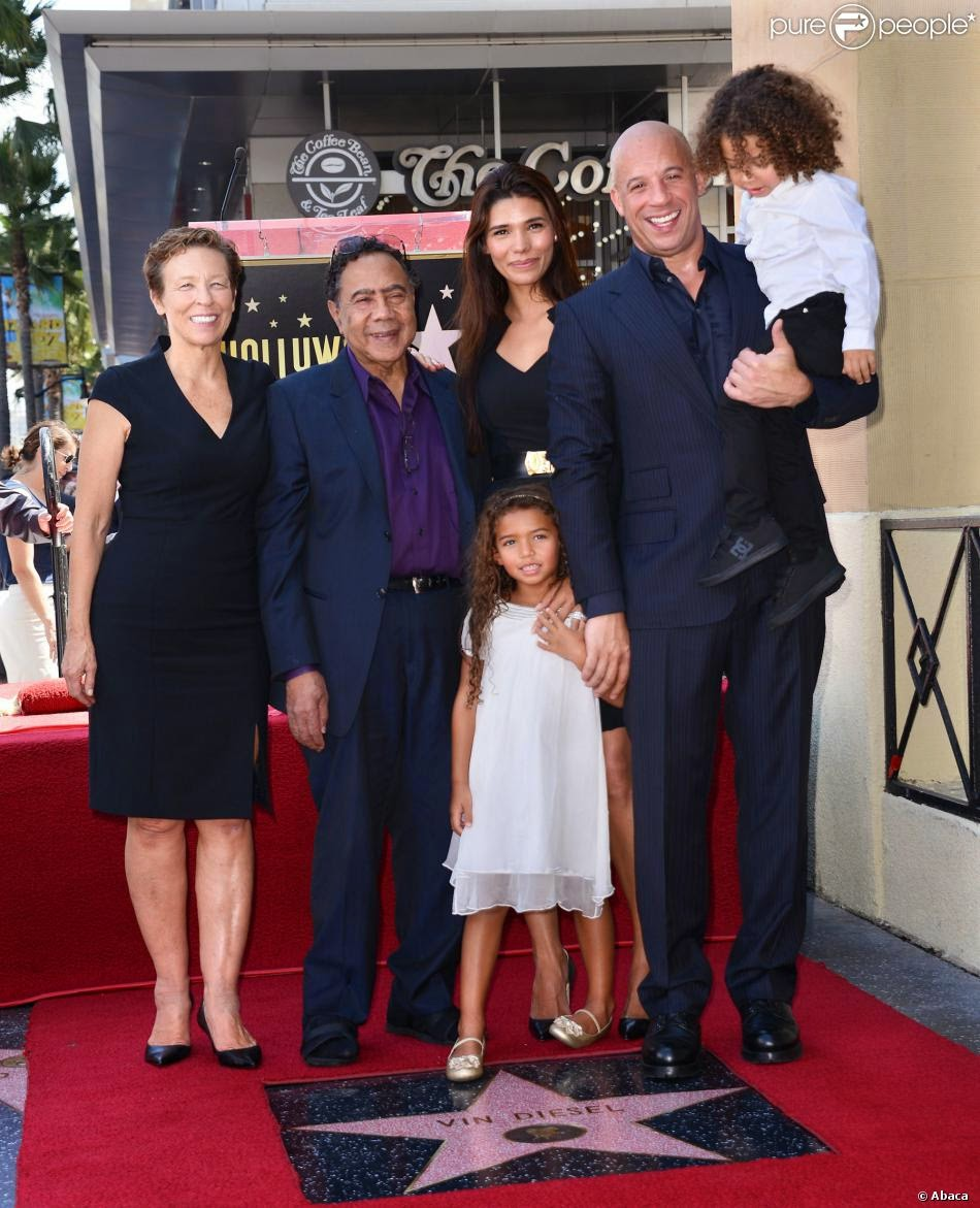 video photos Vin Diesel : son étoile Walk of fame ...Vin Diesel Mother Photos