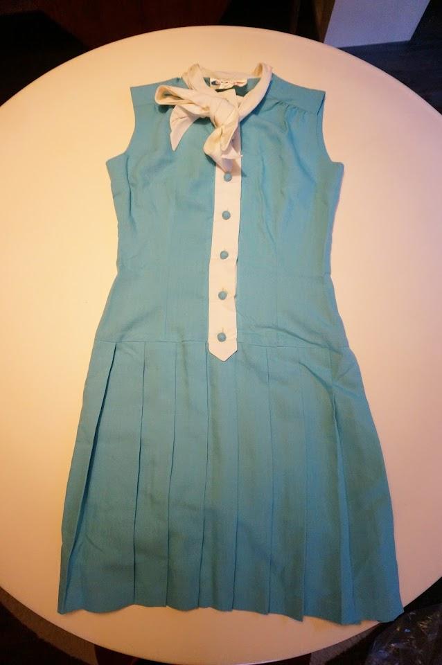 une robe plisée années 60 70  70s pleated dress twiggy 1960s 1970s mod