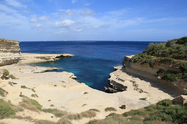 San Peter's Pool, spiaggia rocciosa di malta