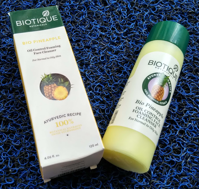 Biotique Botanicals Bio Pineapple Oil Control Foaming Face Cleanser Review