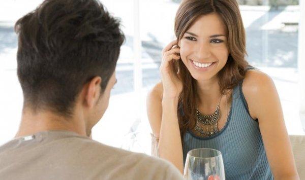 دراسة.. تعرف على أول شيء يلفت نظر المرأة في الرجل!
