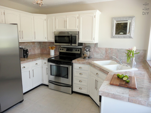 paint kitchen cabinets white cork flooring livelovediy how to in 10 easy steps your the way an tutorial anyone can