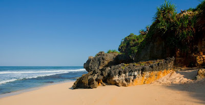 pantai watulawang gunung kidul jogja