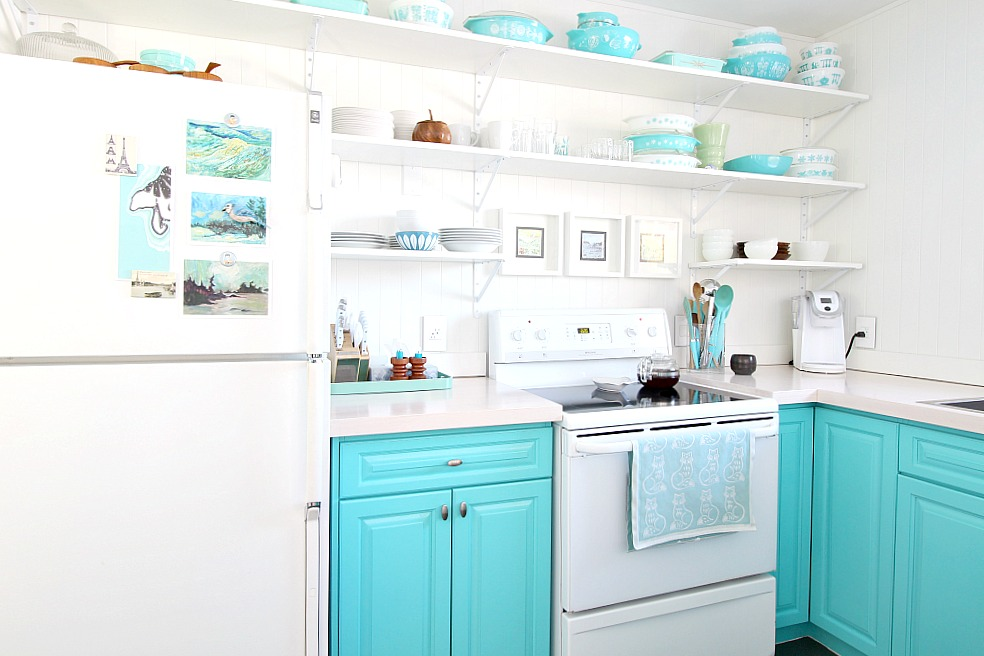 Loving My Small Kitchen Small Kitchen Storage Ideas And Clever Storage Solutions Dans Le Lakehouse