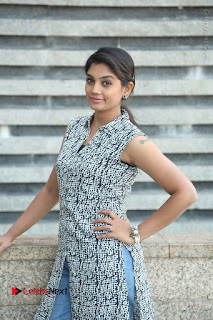 Telugu Television Actress Karuna Latest Pos In Denium Jeans  0030.JPG