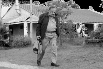 هل تعلم من هو افقر رئيس دولة في العالم uruguay_01.jpg