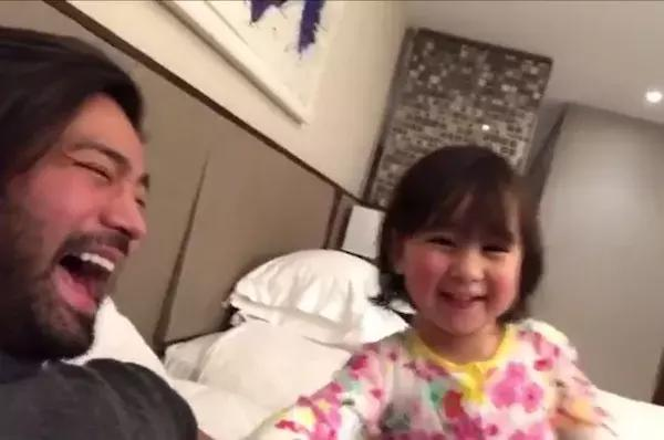 What Did the Rabbit Say? Scarlet Snow Belo Shows Off Her Animal Sounds!