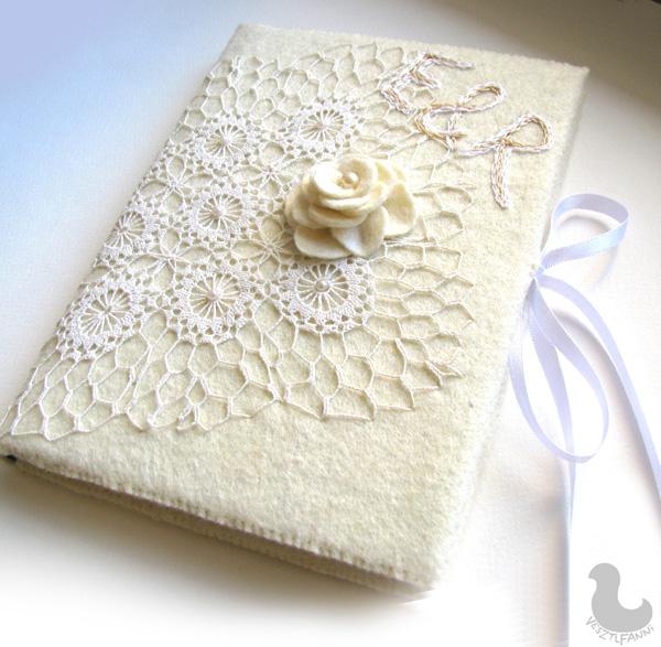 e19285d096 Romantikus esküvői vendégkönyv, névre-szóló hímzéssel, csipkével és finom  hímzéssel díszítve, hogy még szebbé tegye a nagy napot!