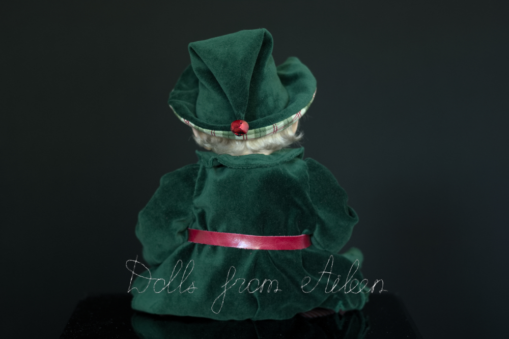 ooak Christmas elf art doll, view from behind