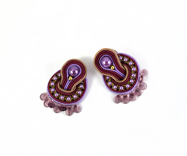 small earrings, small soutache, round soutache earrings, violet, pearls, elegant, handmade jewelry, handmade jewellery,