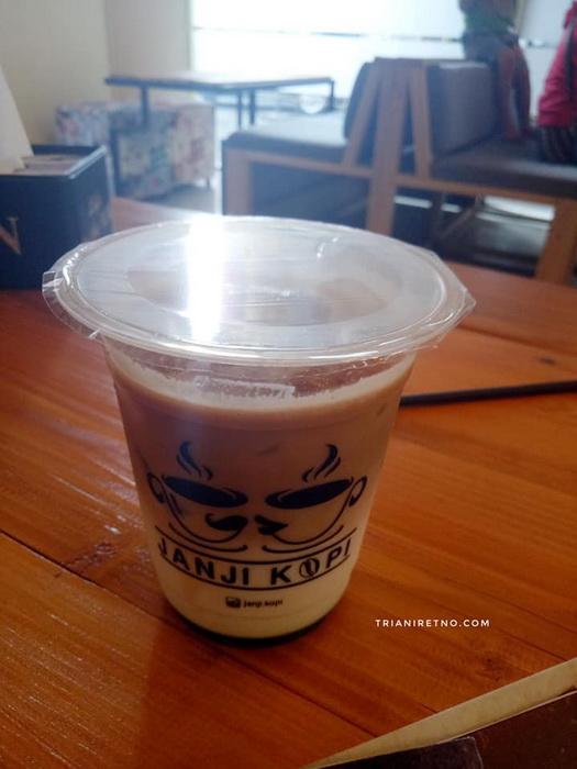 Janji Kopi kedai kopi di Bandung