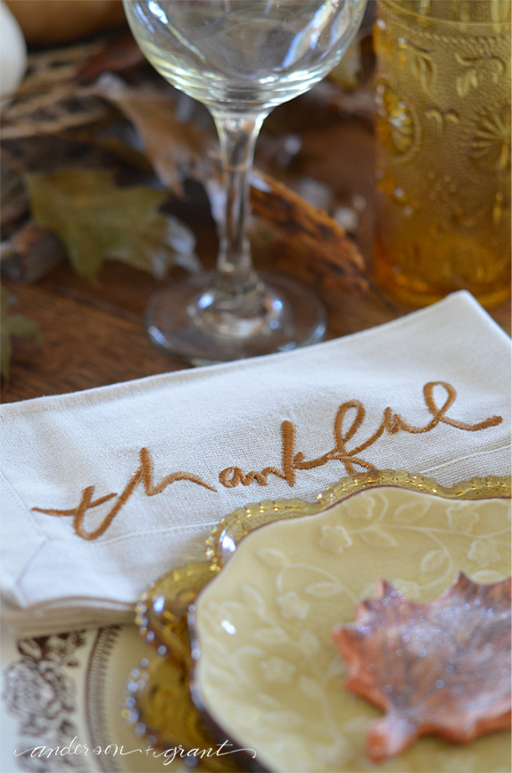Thankful cloth napkins from Hallmark....a perfect addition to the Thanksgiving table | www.andersonandgrant.com