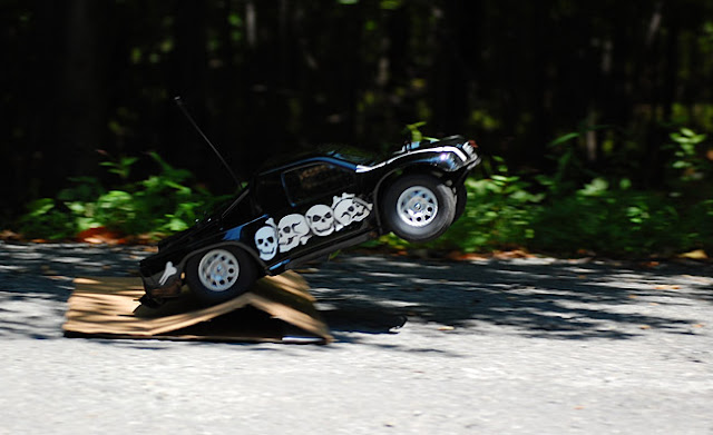 Team Associated SC10 homemade ramp jump
