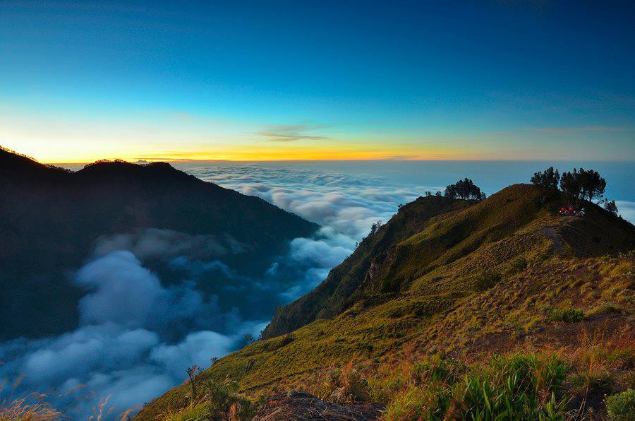 Ketinggian kawah Plawangan Sembalun 2639 meter