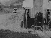"""Кадр из фильма Чарли Чаплина """"Скиталец"""" (1916) - 19"""