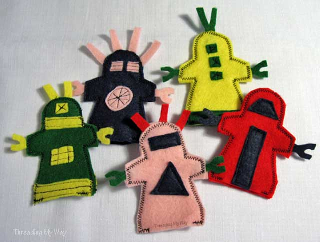 Free tutorials to make felt finger puppets. Threading My Way