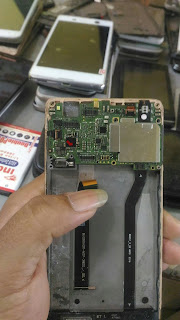 Cara Mengatasi Xiaomi Redmi 3 Pro Matot/Mati Total
