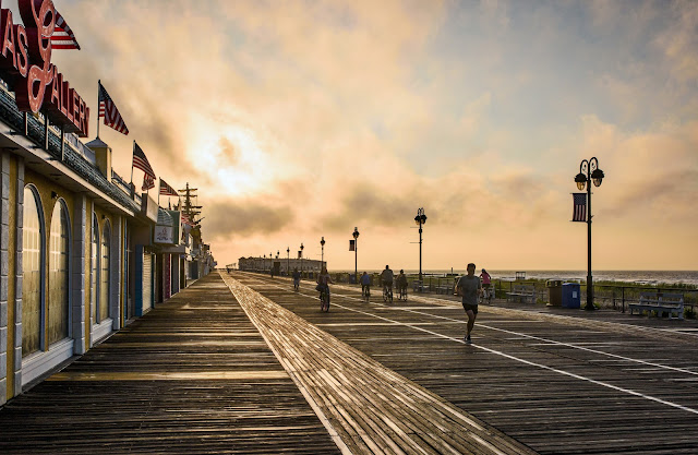Boardwalk Sunrise on Flickr https://flic.kr/p/KCLcnN