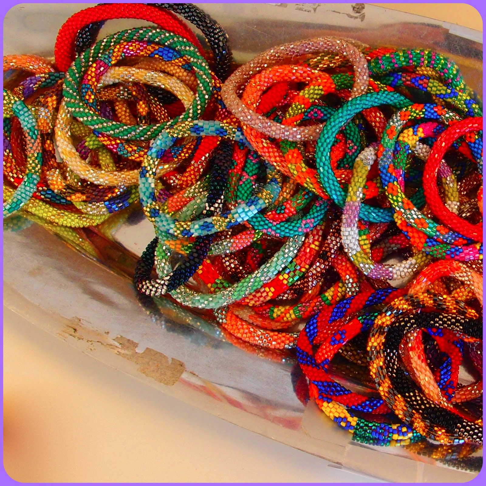 Ahhh Bracelets I Swear Cannot Get Enough Of Them These Sweet Little Things Are Lily And Laura They Beaded That