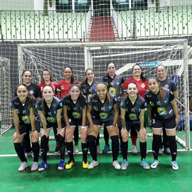 Futsal feminino de Colombo pronto para os Jogos Abertos do Paraná