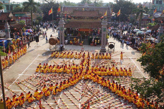 Phu Giay festival in Nam Dinh province 1