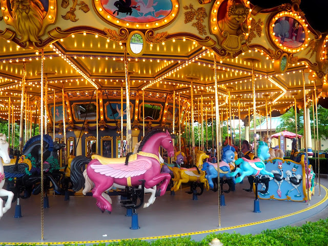 Fantasia Carousel, Shanghai Disneyland, China