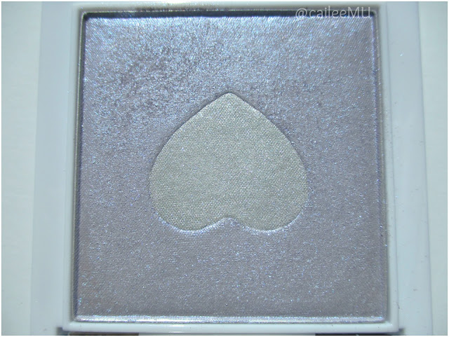 Wet n Wild Limited Edition Queen of My Heart Mega Glo Highlighting Powder in 'Lilac to Reality'