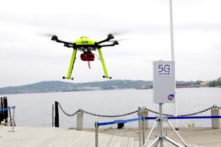 Cas d'us de 5G: un dron equipat amb desfibril·lador