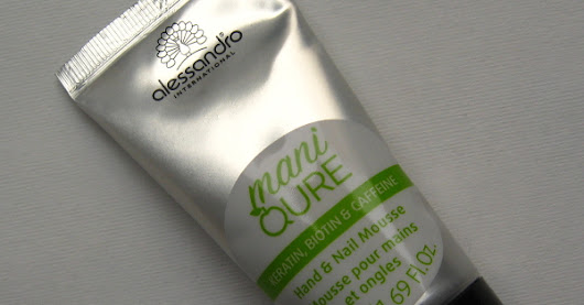 Alessandro ManiQURE Hand and Nail Mousse