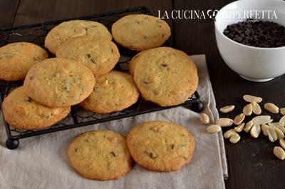 Cookies cioccolato e arachidi