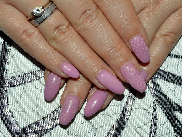 beauty, nails, lilac nails, gel nails, diy nails, nail design, nail art