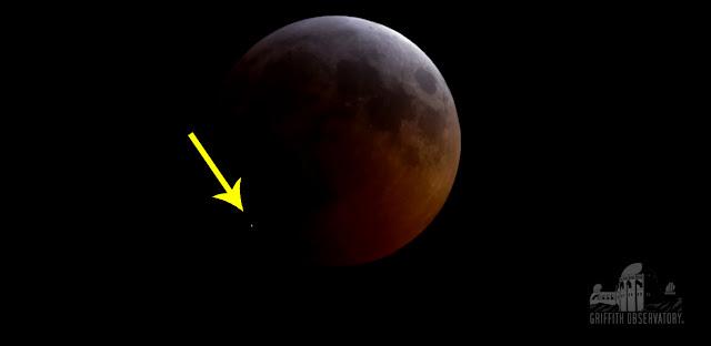 Impacto de meteorito registrado pelo Observatório Griffith durante o início da totalidade do Eclipse Lunar de 21 de janeiro de 2019